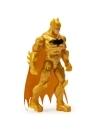 Figurina batman 10cm cu costum auriu si 3 accesorii surpriza