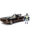 Masinuta Batmobil clasic 1966 scara 1:24