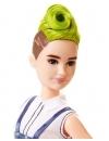 Papusa Barbie Fashionista cu salopeta si par verde