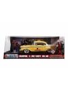 Deadpool  Yellow Taxi Chevy Bel Air 1957 cu figurina, macheta auto 1:24