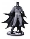 Batman Black & White Batman by Greg Capullo 17 cm