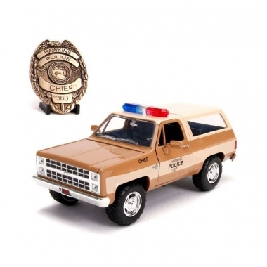Stranger Things Chief Hopper's 1980 Chevy K5 Blazer, macheta auto 1:24
