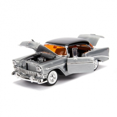 Jada Toys 20th Anniversary 1956 Chevy Bel Air, macheta auto 1:24