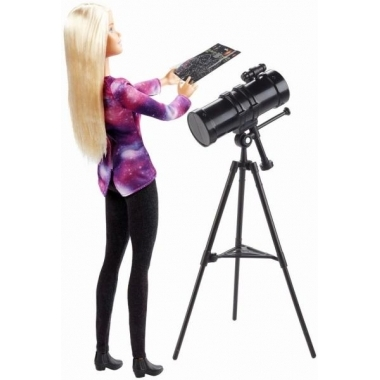 Papusa Barbie astrofizician (National Geographic)