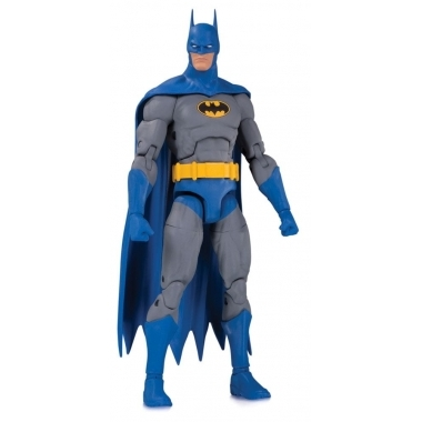 DC Essentials Action Figure Knightfall Batman 16 cm